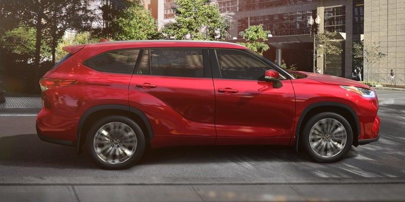 New Cars Under 15K >> BlogsectionThe 2020 Highlander Hybrid - Toyota of Kingsport Blog